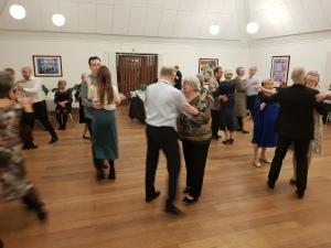 Lone 70 år - der danses